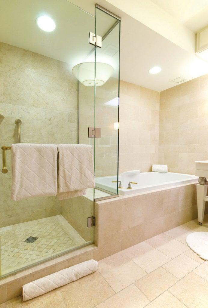 Luxury hotel bathroom.